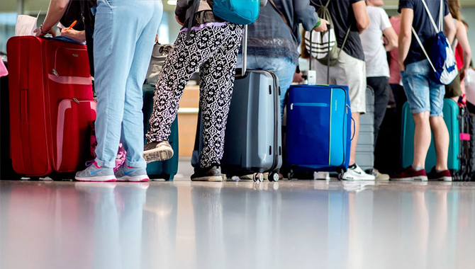 How to not Pay for Bags while Traveling – All Tips and Tricks