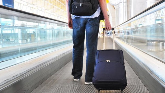 Which Airlines Allow How Much to Carry on a Flight